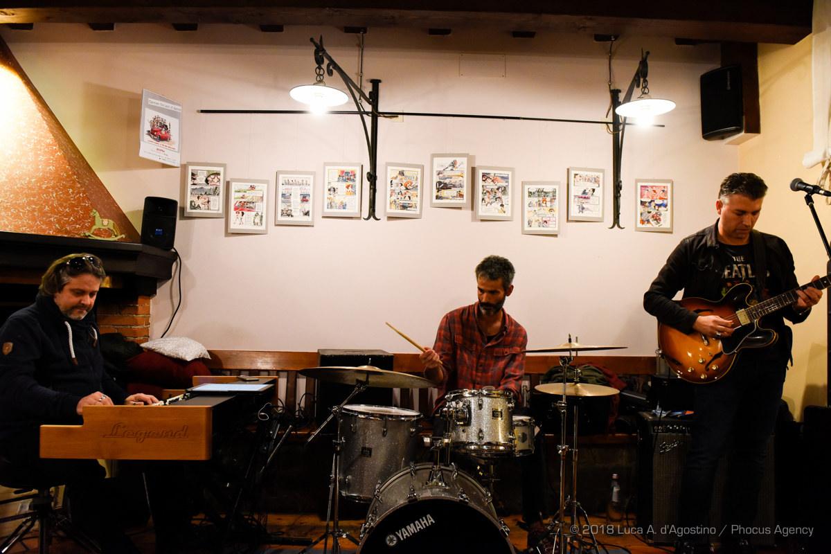 J&W - Round Midnight - Flavio Paludetti Organ Trio
